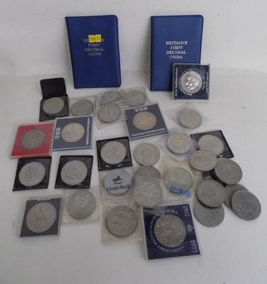Selection of commemorative coins & crowns