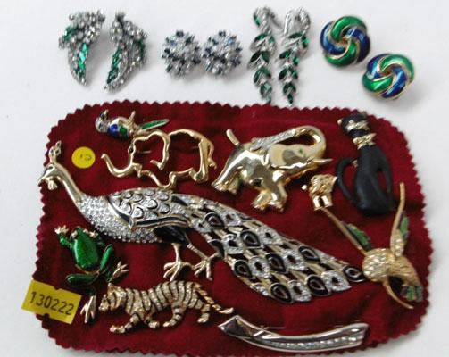 10x Diamonte animals, birds, brooches & ear rings