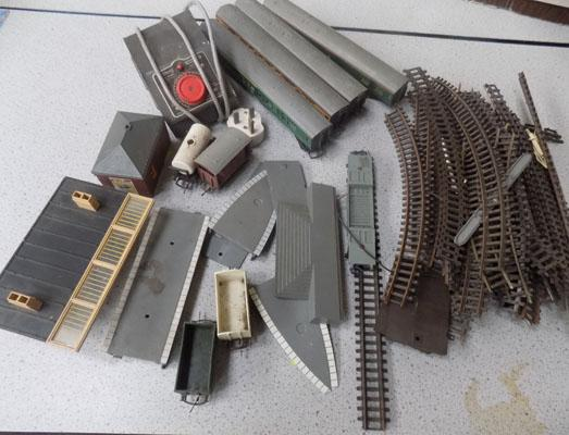 Box of Tri-ang train carriages and accessories