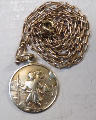 9ct St Christopher pendant on 9ct chain