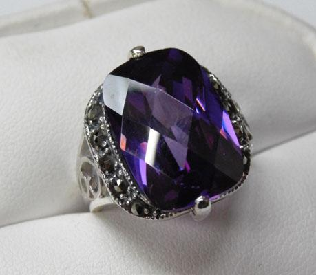 Art Deco silver amethyst & marcasite ring