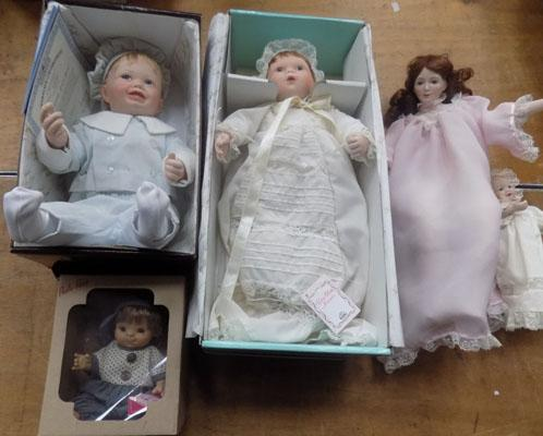 Selection of Vintage dolls (4 boxes)