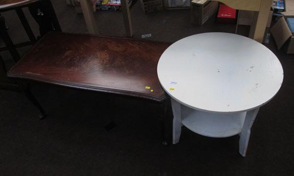 2x Occasional tables