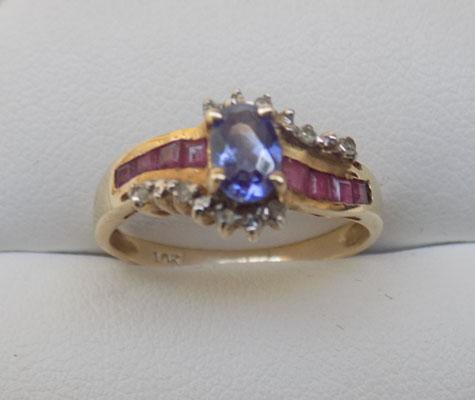 9ct Gold Ruby & Tourmaline ring
