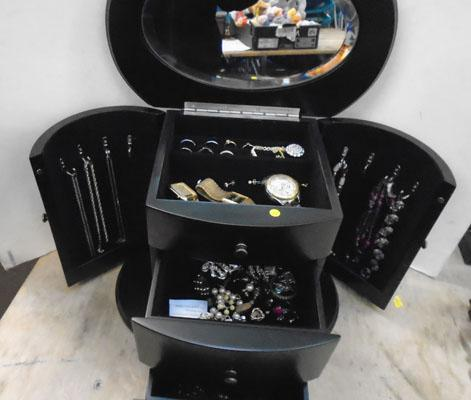 Large jewellery box & mixed contents