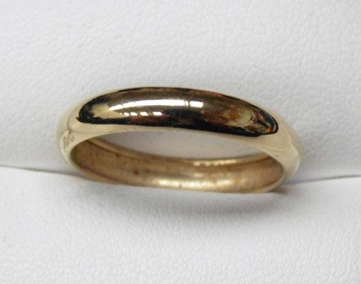 9ct Gold Barrel ring size P1/2