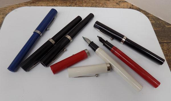 Set of  6 Sheaffer calligraphy fountain pens
