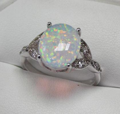 925 Silver Opal ring size R1/2