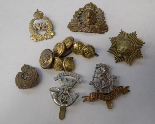 Collection of assorted Military buttons & badges