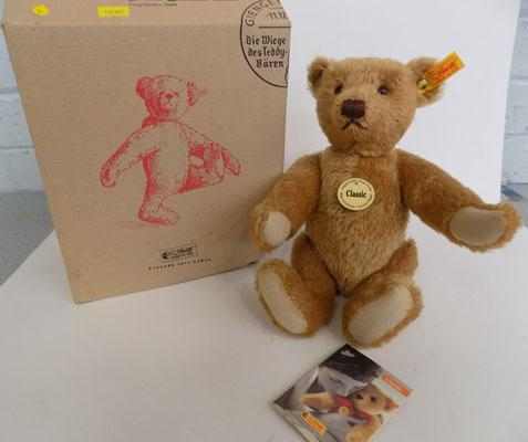 Steiff Classic bear (in box with bag & tags)