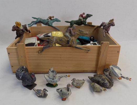 Collection of 1930's lead animals, Die cast, Escalado & Hill co
