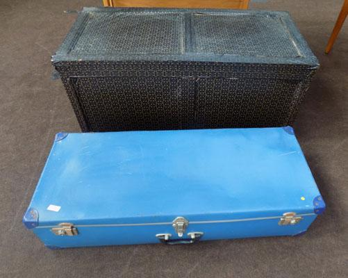 1x Trunk & 1x old blue case