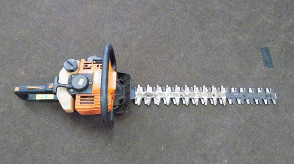 Stihl petrol hedge cutter w/o
