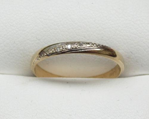 9ct Gold Diamond set ring size M