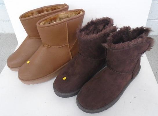 2 Pairs of ladies winter boots