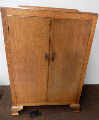 1940's Oak tallboy with shelves