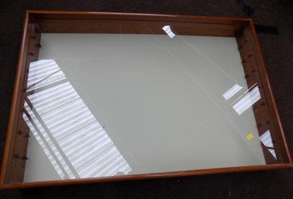 Table top glazed display cabinet