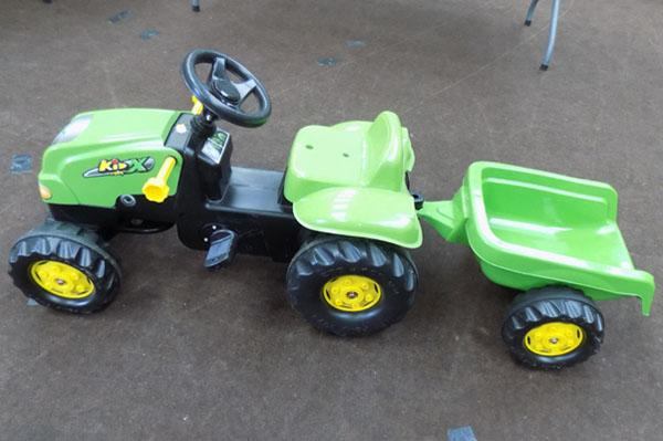 Child's pedal tractor & trailer
