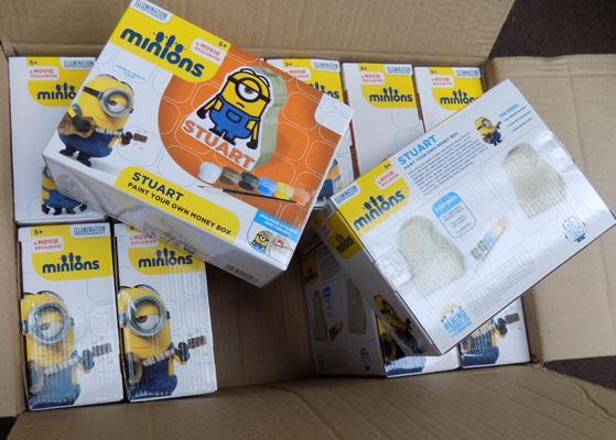 Box of Minion paint your own money box