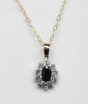 9ct Gold Sapphire necklace