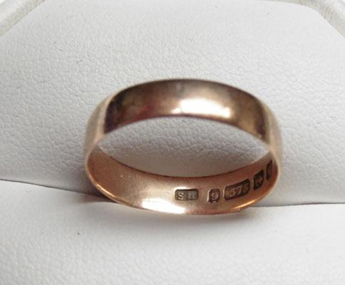 9ct Rose gold wedding ring style size Q1/2
