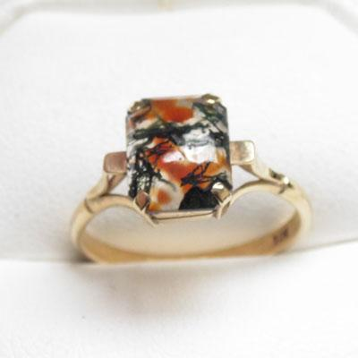 9ct Gold Moss Agate ring size Q