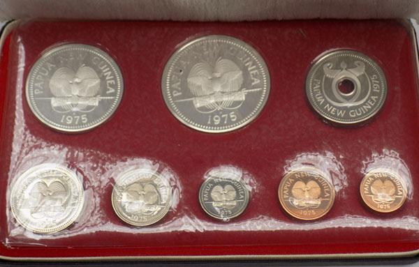 1975 Papia New Guinea silver proof set boxed with certificate