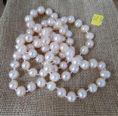 Real Pearl freshwater necklace peach