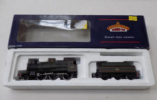 Bachman 4377 Green lined L/Crest engine & tender