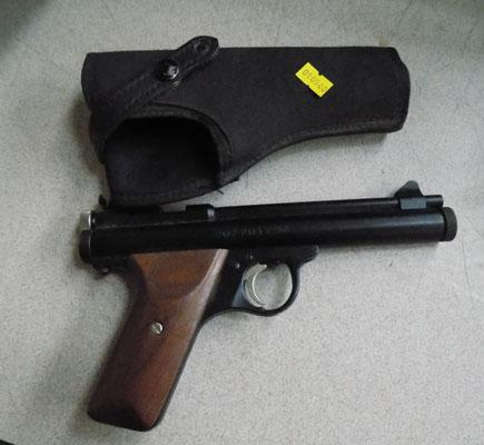 Air pistol-CO2 with holster
