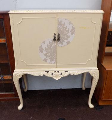 Shabby chic glass top unit
