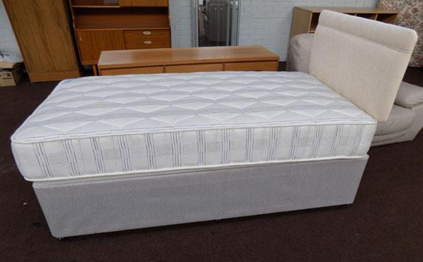 Single bed-as new