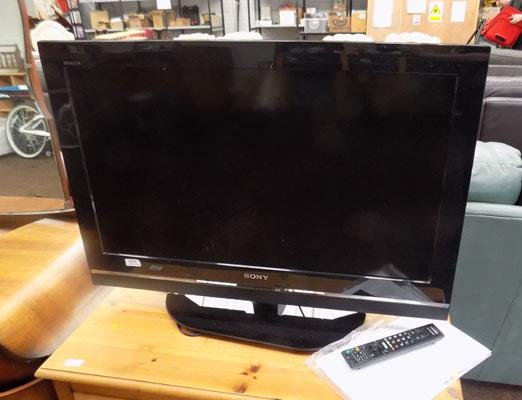 Sony flat screen tv (remote & instructions in office)