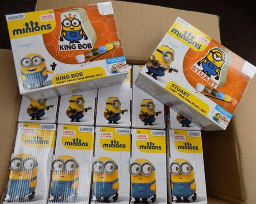 12 New Minion paint your own money box