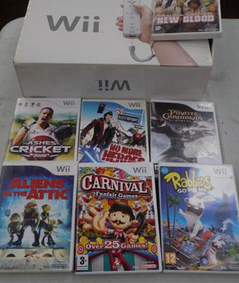 Nintendo Wii & games boxed w/o