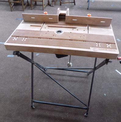 Router with work table w/o