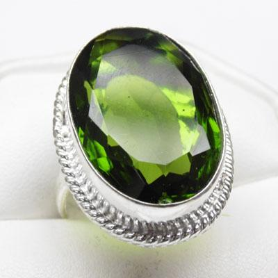 925 Large Silver Peridot oval ring size T1/2