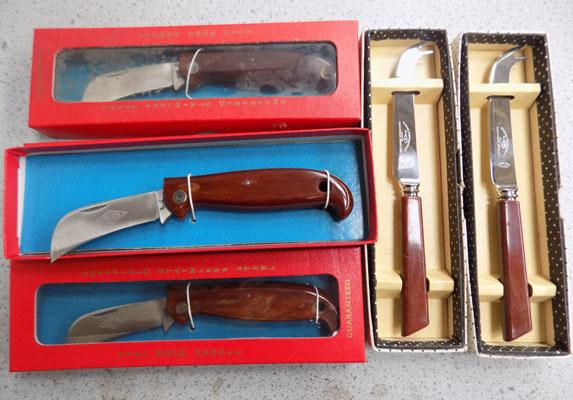 5x Boxed knives (3 penknives & 2 cake)