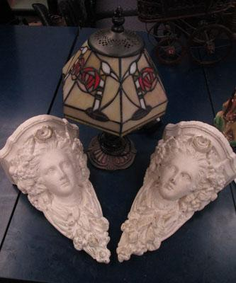 Pair of Corbles & Tiffany style lamp