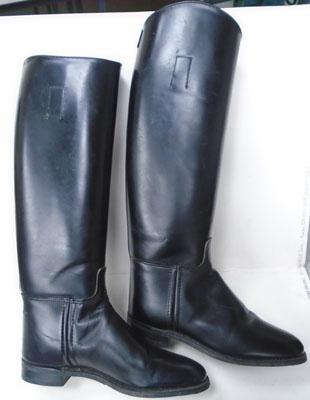 Pair of English leather riding boots size 5