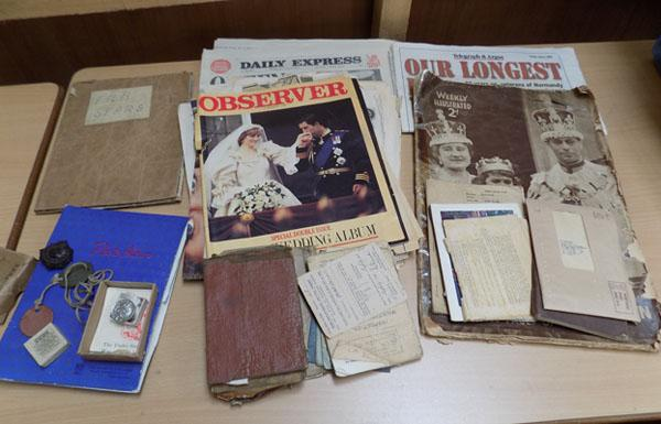 Large collection of Ephemera inc. R.A.S.C photos, badges and service books from WWI and WWII