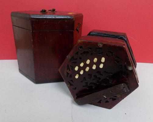 Concertina in box