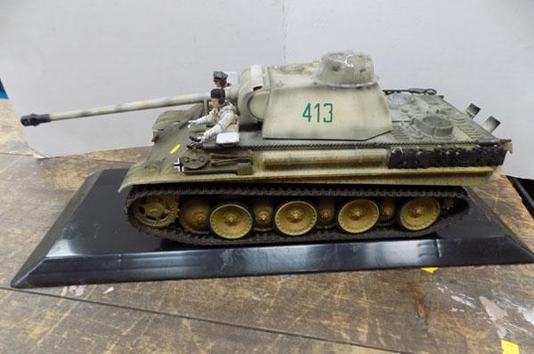 German WWII Panther tank by 21st Century Toys