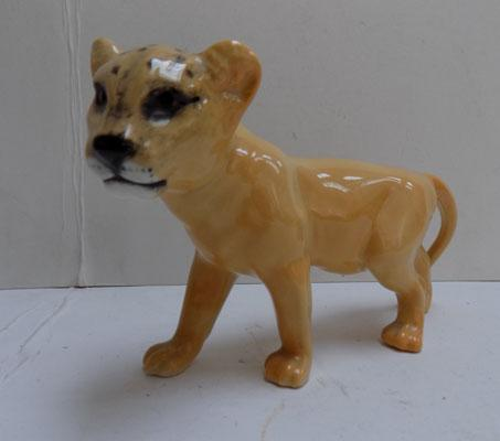 Beswick Lion Cub facing left issued 1967-1984