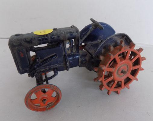 Britains No127 Fordson Major circa 1947-52 spud wheels (v rare)