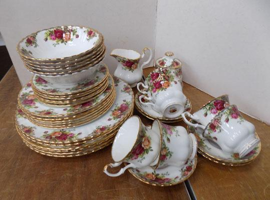 Selection of Royal Albert 'Old Country Rose' plates, cups + saucers