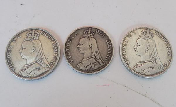 1888 Victorian coin & 2 x 1891 St Georges crowns