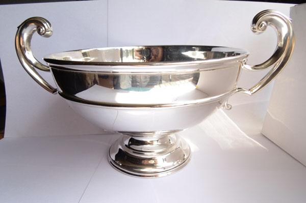 Solid silver large rose bowl/trophy - Sheffield 1913