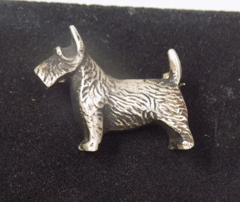 Solid silver Scotty dog brooch