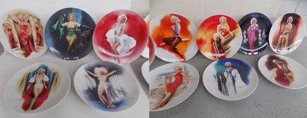 Set of 12 @Marilyn Monroe' collectors plates with certificates